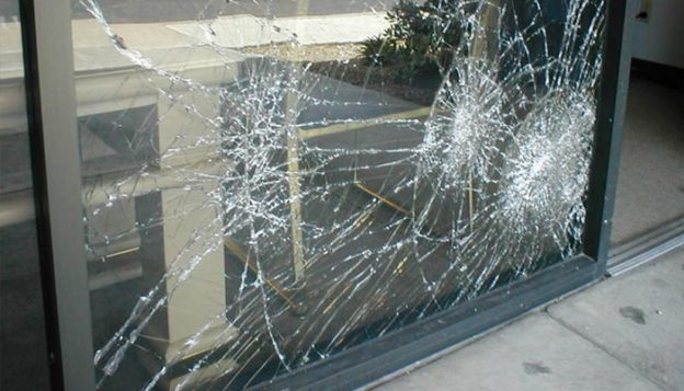 store-fronts-glass-repair